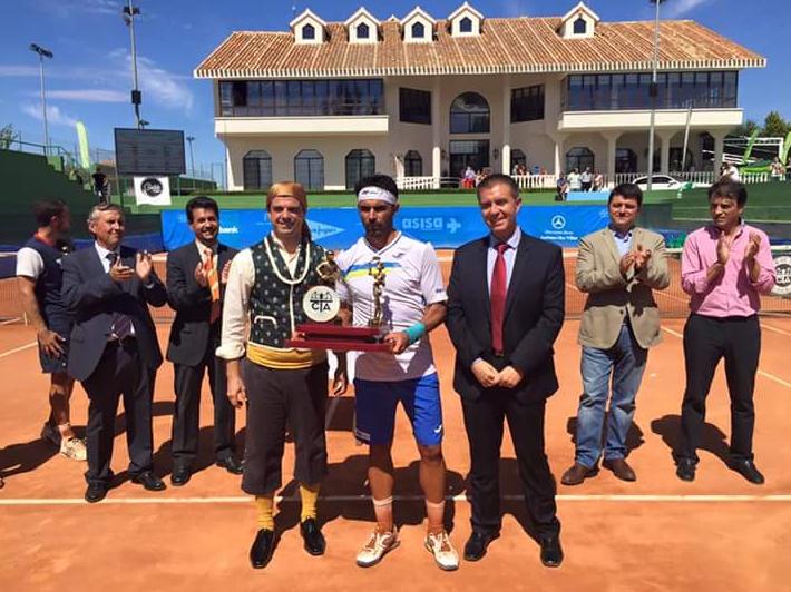 240a17d8f19 Cable Design presente en el campeonato de tenis de Feria 2015 -  Audiovisuales Albacete